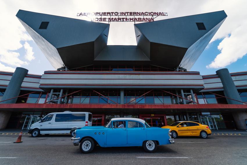 Cubanos en las redes sociales piden que no permitan más la entrada de turistas a Cuba hasta que no pase el peligro del coronavirus