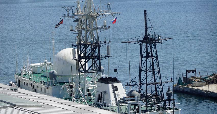 Atracó en el puerto de La Habana esta semana un barco espía ruso