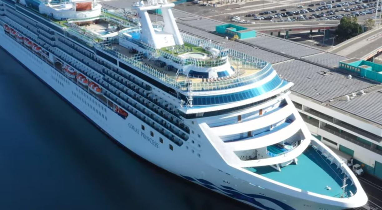 Gobernador de Florida Ron DeSantis quiere que los cruceros vuelvan a operar; amenaza con demandar al gobierno federal