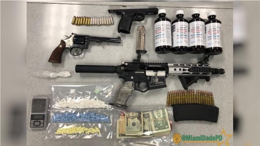 Redada policial confisca drogas y armas en vecindario del suroeste de Miami Dade