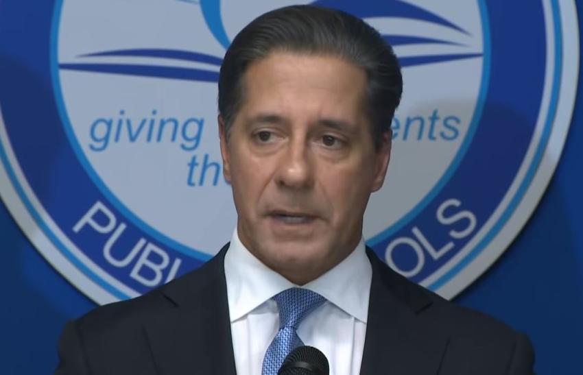 Escuelas públicas en Miami-Dade permanecerán abiertas a pesar de la pandemia de coronavirus