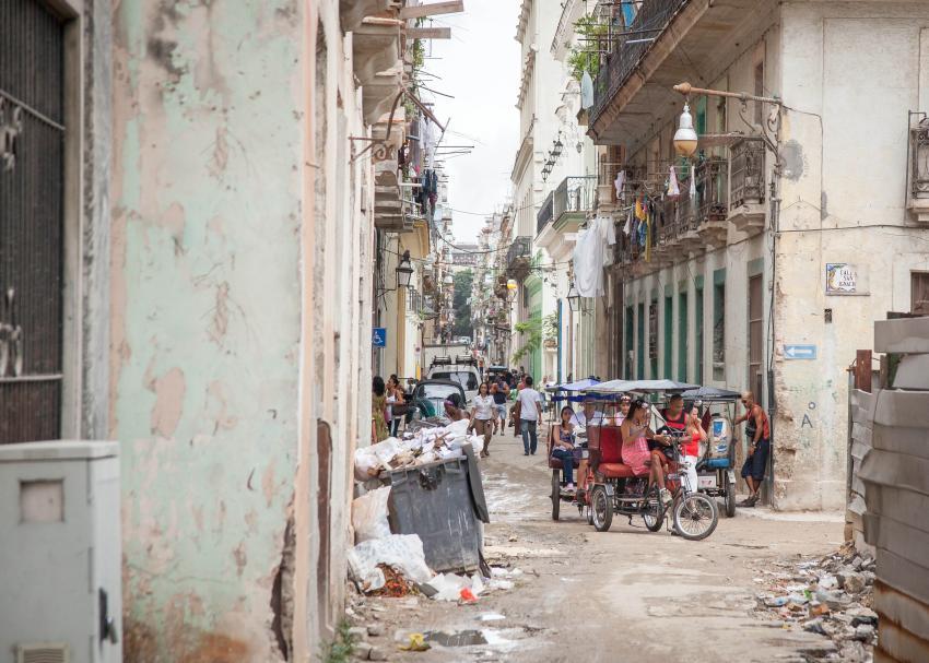 """Médico cubano advierte que si el coronavirus llega a Cuba """"va a ser terrible"""""""