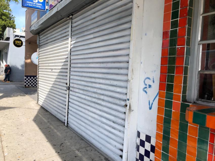 Alcalde de Miami-Dade suspende los servicios de todas las tiendas no esenciales