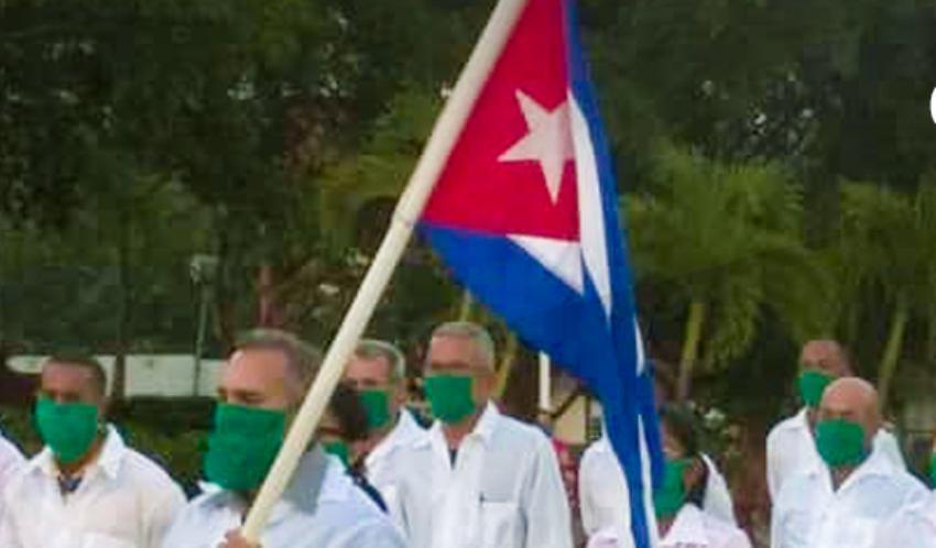 Cuba ha enviado 350 profesionales de la salud a Venezuela en la última semana, para atender a pacientes de Covid-19 en ese país