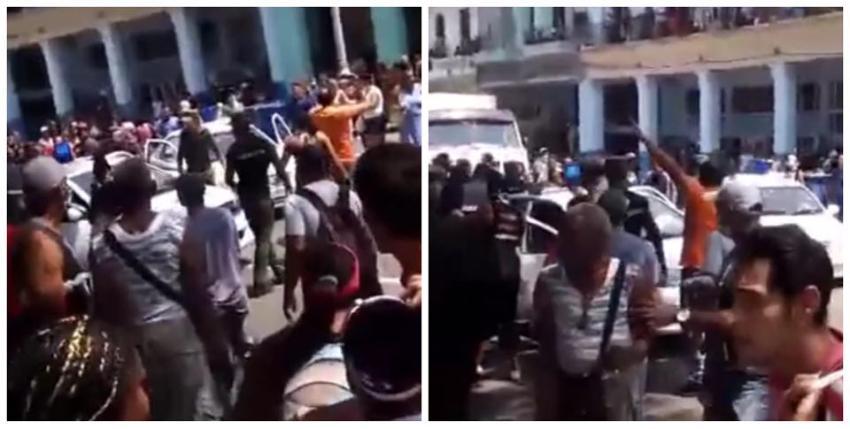 Revuelta en La Habana Vieja y la policía rociando spray al pueblo