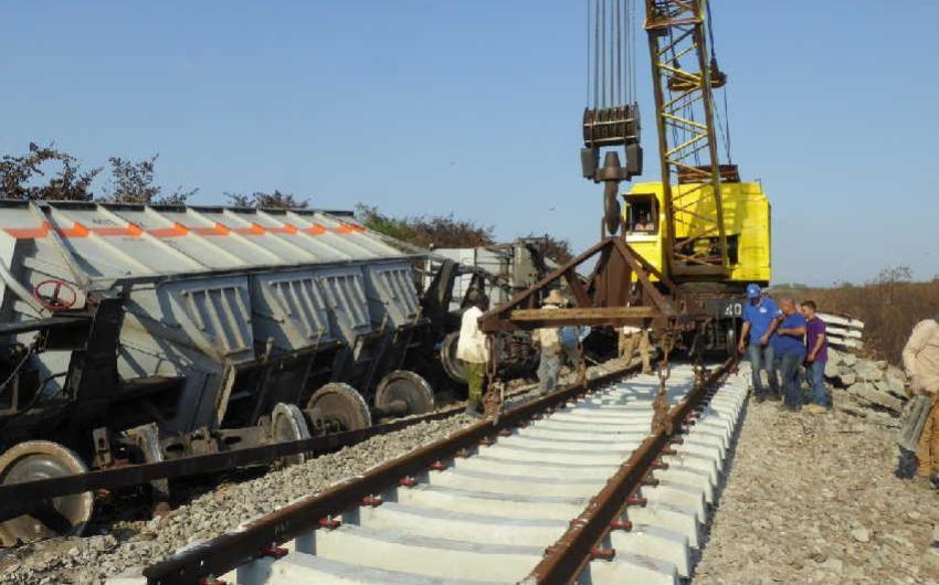 Descarrilamiento de un tren de carga en la provincia de Sancti Spíritus causa severos daños