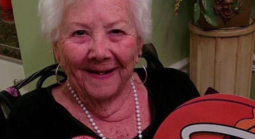 """Anciana de 97 años de Florida sobrevive al coronavirus: """"No te rindas, lucha"""", es su consejo"""