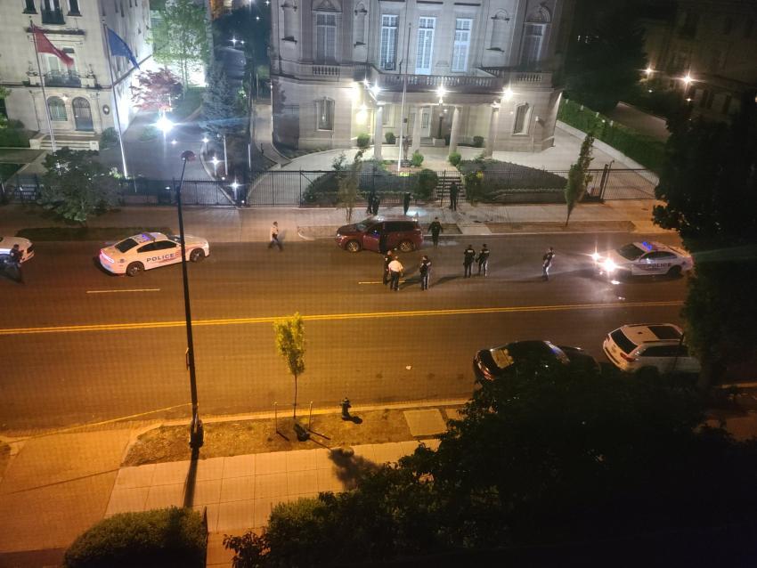 Identifican como Alexander Alazo de 42 años al hombre que disparó contra la embajada de Cuba en Estados Unidos
