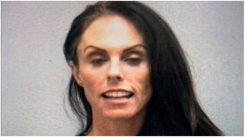 Arrestan a mujer que grabó video paseándose por el centro de Stuart en Florida asegurando que creía tenía el coronavirus