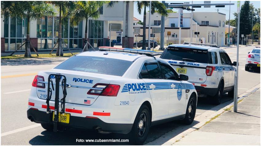 Alcalde de Miami-Dade suspende el toque de queda