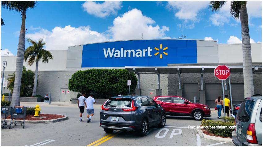 Walmart entrega a sus empleados en Florida $27.1 millones de dólares en bonos por el COVID-19