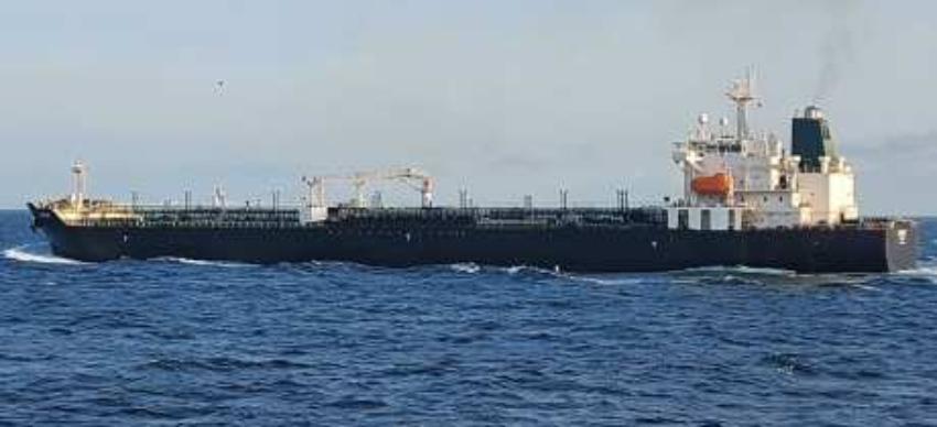 Un buque de Cuba en puerto venezolano para abastecerse de gasolina iraní