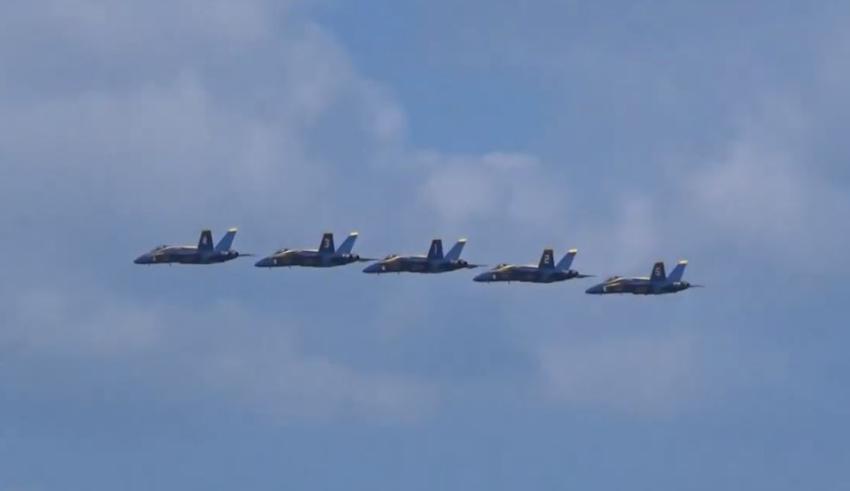 Los Blue Angels volarán sobre Miami el viernes, para honrar a médicos y enfermeras que batallan contra el Covid-19