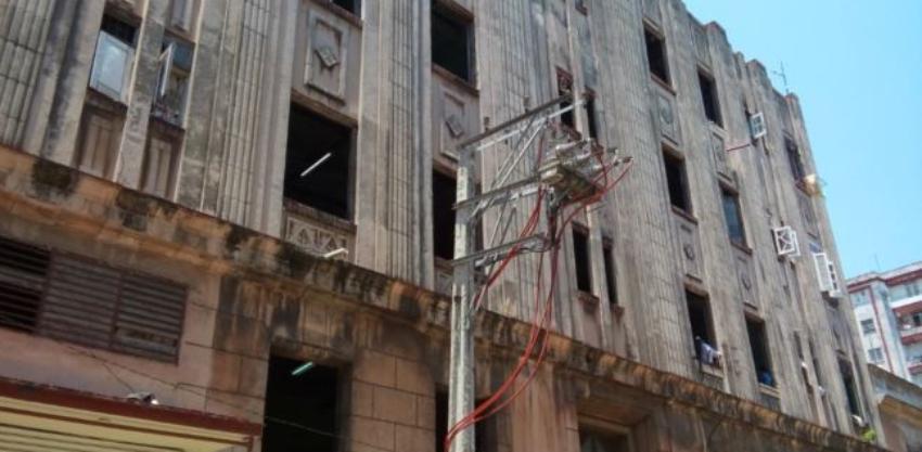 Antiguo edificio en Centro Habana donde viven más de 300 personas, foco de coronavirus