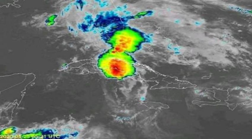 Vaguada sobre el golfo de México provoca fuertes lluvias y tormentas eléctricas al centro y al occidente de Cuba