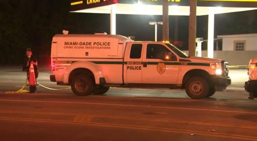 Encuentran a una persona muerta en una acera en vecindario del noroeste de Miami