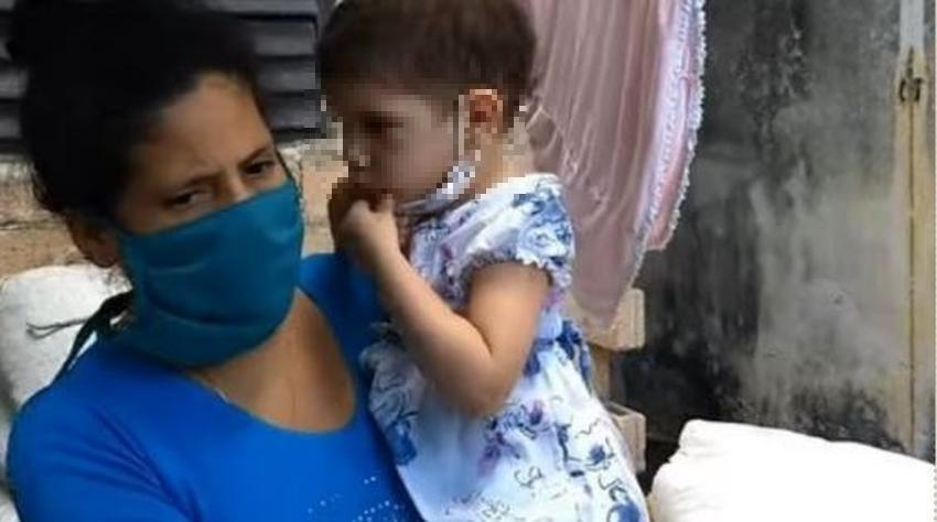 Madre cubana pide ayuda para salvar a su niña de dos años que sufre de un cáncer ocular