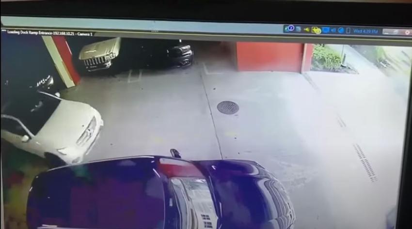 Roban un Mercedes Benz SUV del valet de un edificio de lujo en Brickell
