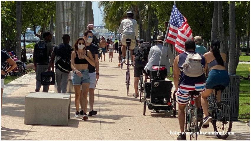 Florida reporta cifra récord de 120 fallecidos por COVID-19 en un solo día