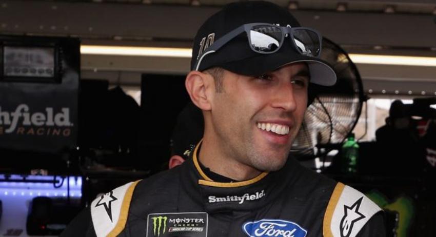 El cubanoamericano Aric Almirola competirá este fin de semana en el autódromo de Homestead-Miami