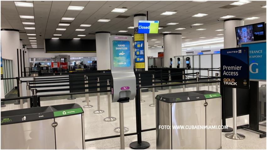Gobierno de Estados Unidos tendrá cerca de 100 millones de mascaras en los aeropuertos para los que olviden llevarlas