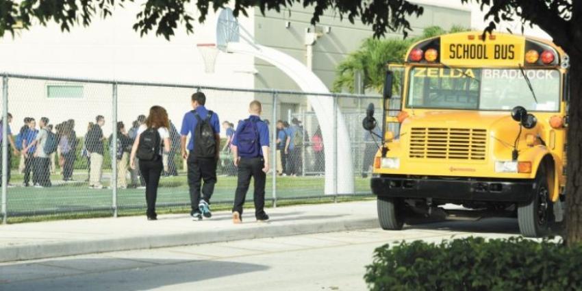 Sistema de escuelas de Miami Dade propone plan para el próximo curso escolar