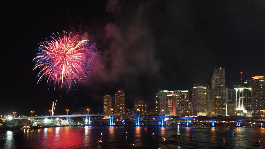 Fuegos artificiales del 4 de julio en Bayfront Park en Miami quedan cancelados