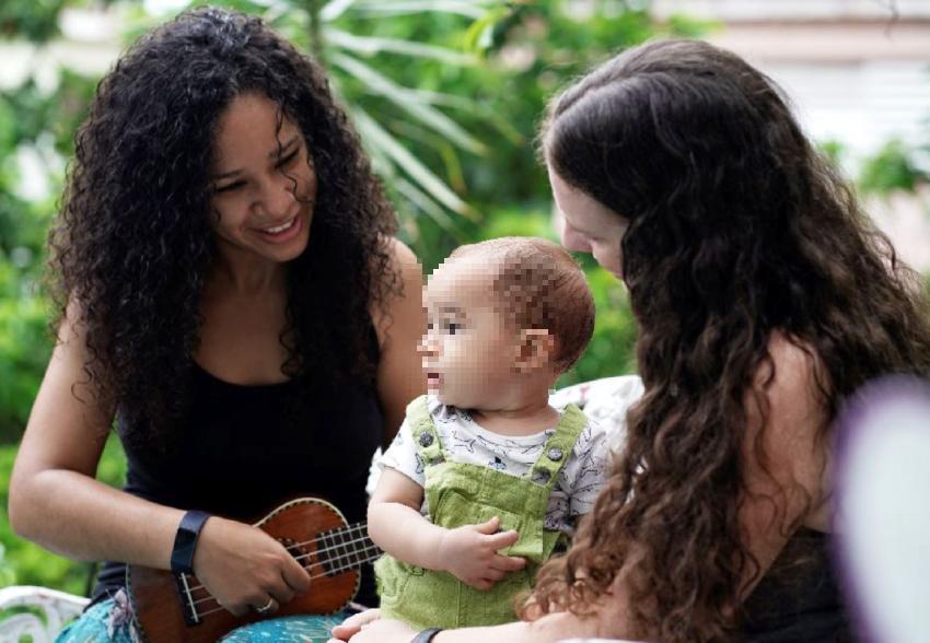 Gobierno de Cuba reconoce por primera vez a un niño con dos madres