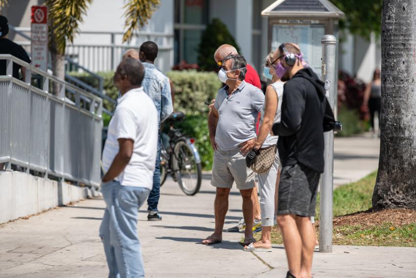 Florida registra otros 11,433 casos de coronavirus en 24 horas