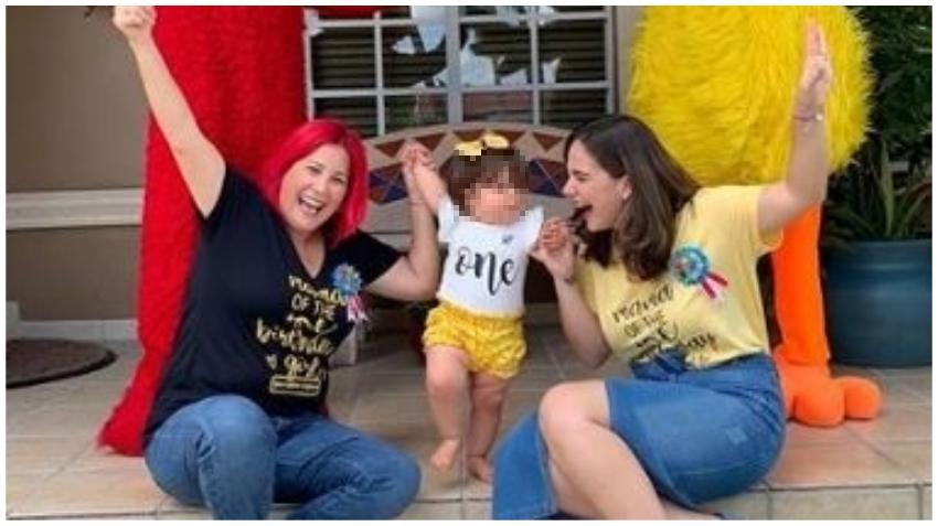 Actriz cubana Rachel Cruz y la presentadora Kary Bernal celebran el primer año de su hija