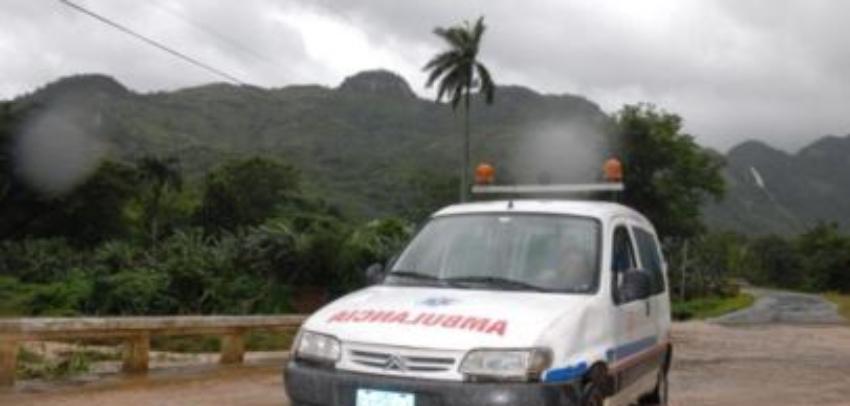 Dos fallecidos y otras dos personas graves, tras el impacto de una descarga eléctrica en Camagüey