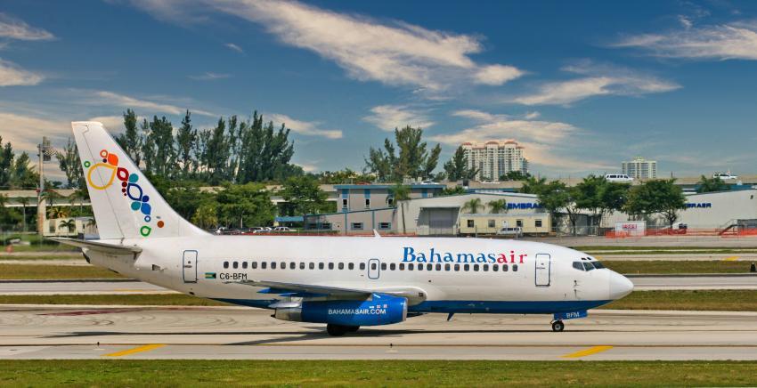Bahamas suspende los vuelos desde Estados Unidos debido al aumento de casos de COVID-19