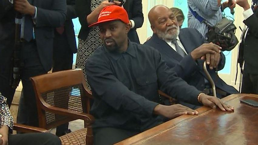 Rapero Kanye West tuitea que se postulará para presidente en 2020