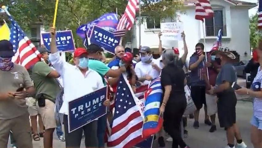 Manifestantes pro Trump se reúnen frente a la casa de Marco Rubio en Miami para evitar protesta de grupo comunista