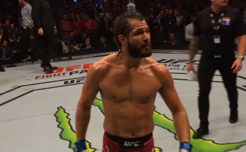 Peleador de origen cubano Jorge Masvidal se prepara para enfrentarse a Kamaru Usman este sábado en el UFC 251