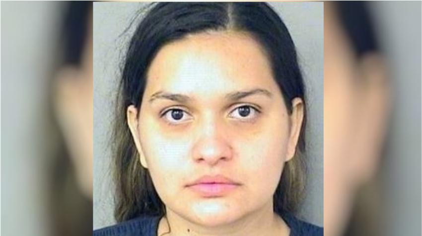 Madre de Florida entra de compras a Macy's y deja a su niña de 2 años sola encerrada en un automóvil caliente
