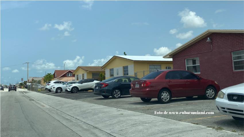 Gobernador de Florida extiende los desalojos y ejecuciones hipotecarias por 1 mes más