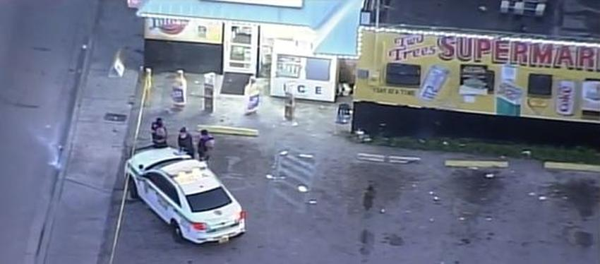 Matan de un tiro en la cabeza a un hombre a la salida de un supermercado en Miami