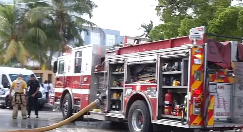 Incendio en la Pequeña Habana deja a 12 personas sin hogar