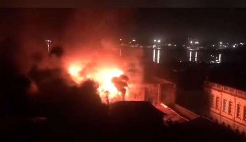 Comparten en redes sociales imágenes de un incendio de gran magnitud en Santiago de Cuba