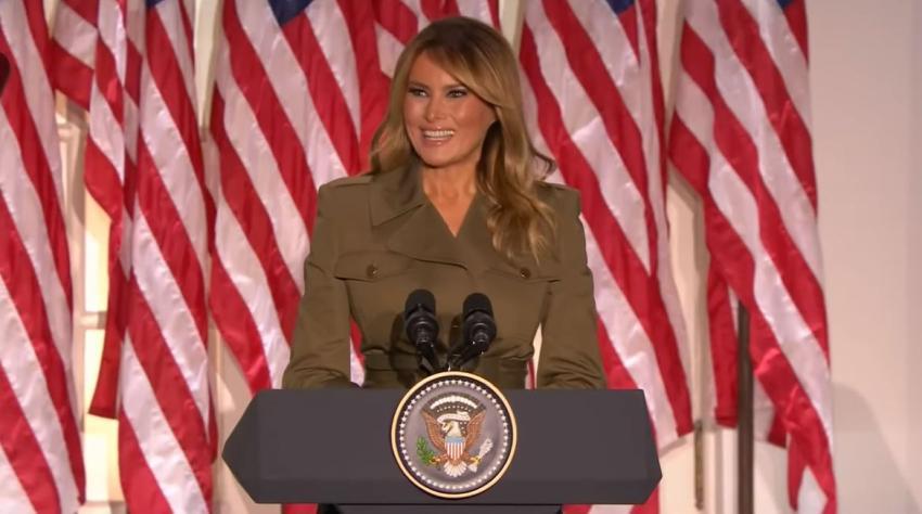 Melania Trump no participa en evento de campaña debido a tos persistente tras el Covid-19