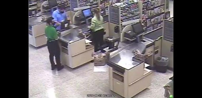 Anciano de Florida recibe un puñetazo por pedirle a una mujer mantener la distancia en una cola en un Publix
