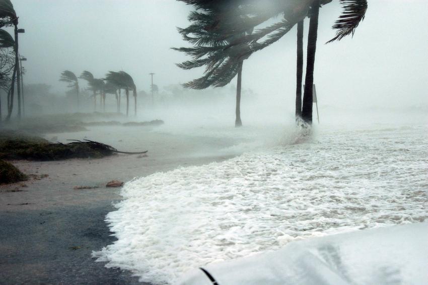 Declaran vigilancia de tormenta tropical para los cayos de la Florida ante la cercanía de Laura