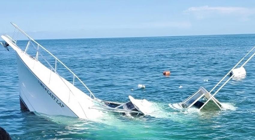 Guardia Costera rescata a dos personas de un yate de 35 pies que se hundía en las costas de Florida