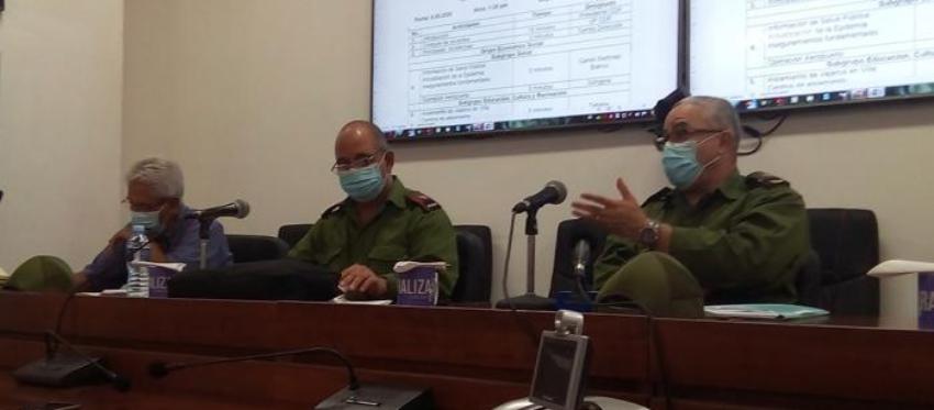 Primer secretario del PCC en La Habana pide aplicar más multas a la población por violar medidas sanitarias