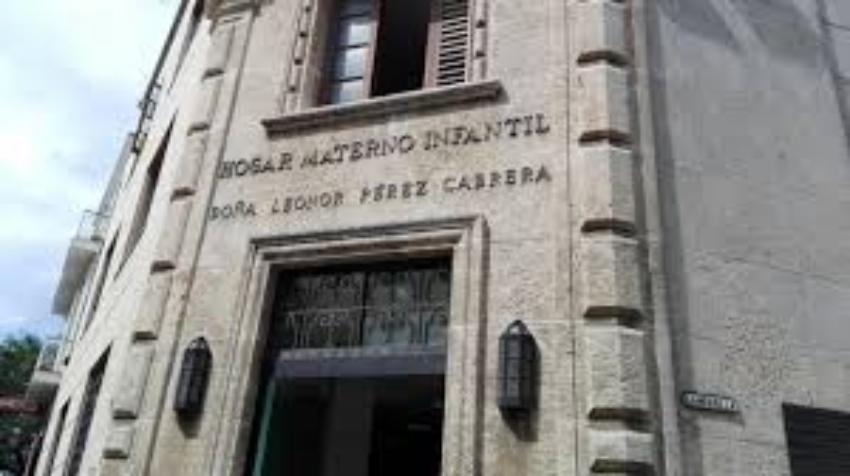 """Doctora de un hospital en La Habana podría enfrentar """"medidas penales por el delito de propagación de epidemia"""""""
