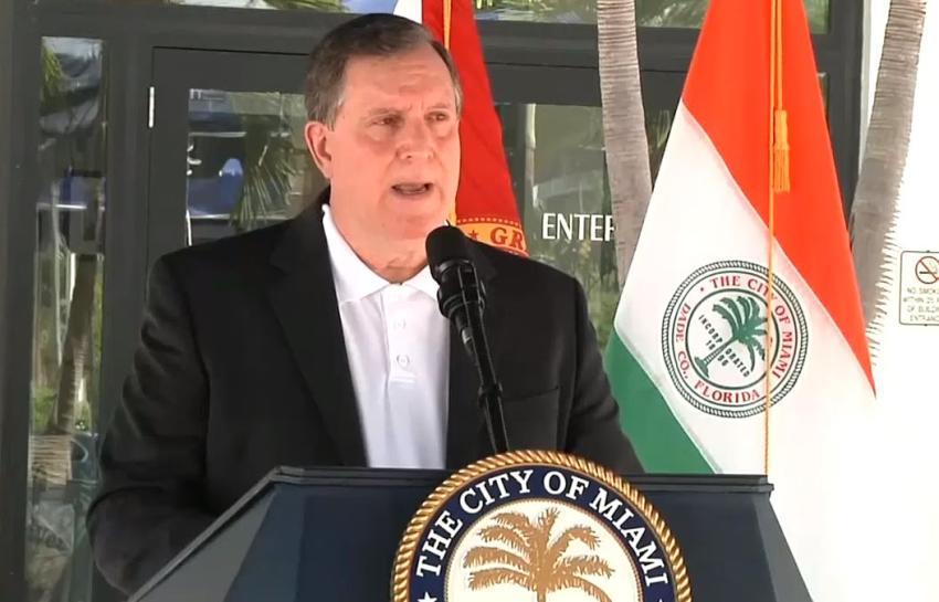 Juez desestima petición para destituir a Joe Carollo como comisionado de la ciudad de Miami