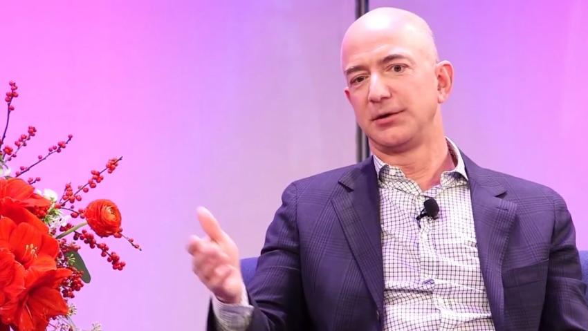 Jeff Bezos es el estadounidense más rico por tercer año consecutivo