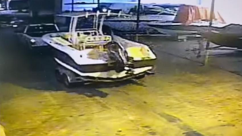 Tres motos acuáticas y un bote valorados en más de $100 mil dólares son robados de un almacenamiento en North Miami Beach