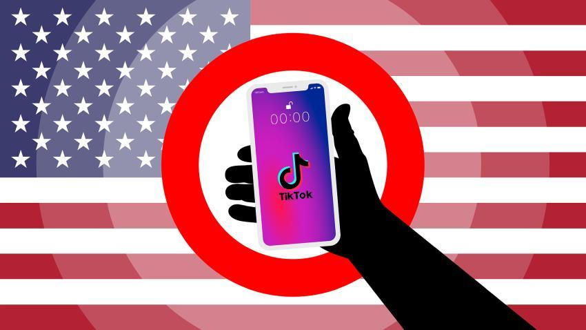 Administración Trump prohíbe partir del domingo las descargas de TikTok y WeChat en EEUU